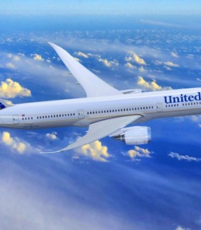 United Airlines Mở Dịch V..