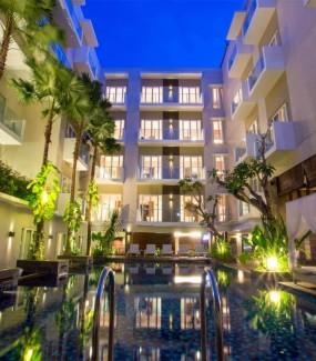 Grand Ixora Kuta Resort 4..