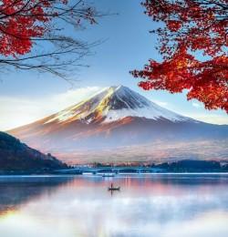 Vẻ đẹp núi Phú Sĩ 4 mùa quanh năm (MùaThu Lá Phong)
