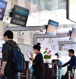 VNA khuyến cáo khách làm thủ tục sớm trước 2 tiếng tại Nội Bài và Tân Sơn Nhất