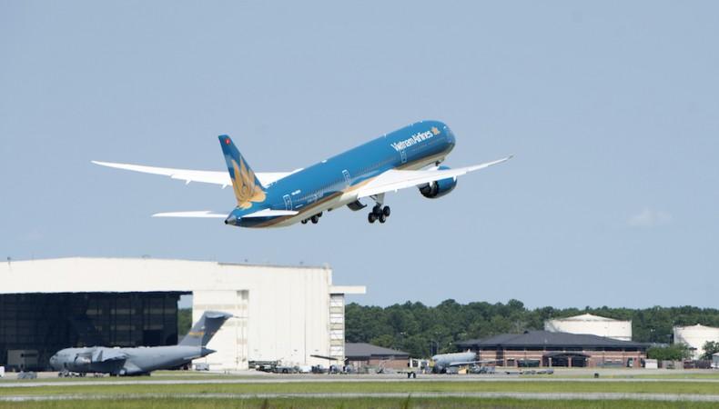 Boeing 787-10 của VNA hoàn thành chuyến bay đầu tiên