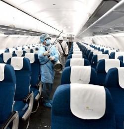 Hàng không phối hợp cơ quan y tế tăng cường biện pháp bảo vệ sức khỏe hành khách bay từ Hà Nội